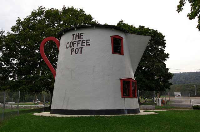 The Coffee Pot Lincoln Highway